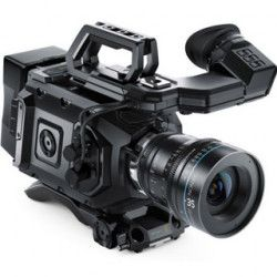 Blackmagic URSA Mini 4K EF Bundle
