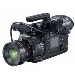 Canon EOS C700 (4K RAW Cinema kamera)