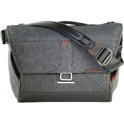 "Peak Design Everyday Messenger 15"" brašňa tmavo šedá (Charcoal)"